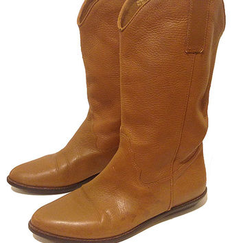 Vintage 1990's Tan leather Nine West Flat Western Boots Size Woman's 6 1/2