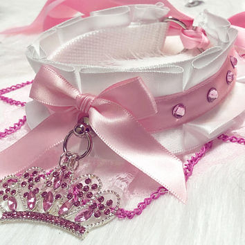 MADE TO ORDER- White & Light Pink Luxury Princess Crown Chain Rhinestone Collar