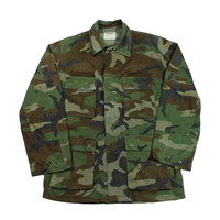 Vintage Military Issue Woodland Camouflage Combat Coat Mens Size Medium