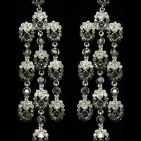 Glamour Dangle Earrings in Gradient – bandbcouture.com