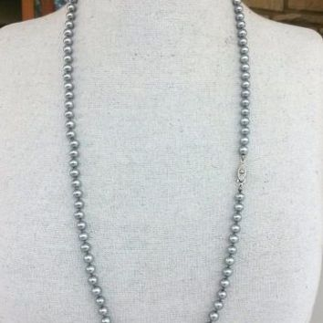 "Vtg Gray Glass Pearl Single Strand Necklace Opera Knotted 30"" 6mm Japan"