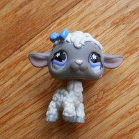 Littlest Pet Shop #549 Gray & White Lamb Baby Sheep With Purple Pink Star Eyes