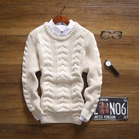 Men's Thick Round Collar Sweater