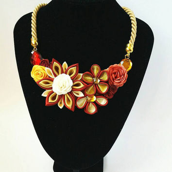 Flower bib necklace, Kanzashi necklace with flowers, Fabric necklace, Unique gift for her, Statement necklace, Bridesmaid gift