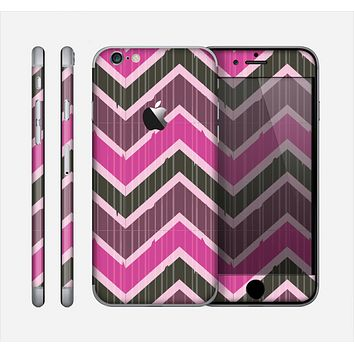 The Scratched Vintage Chevron Surface Skin for the Apple iPhone 6