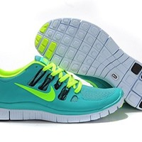 Nike Women's Free Run 5.0 Running Shoes (7)