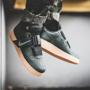 Nike Air Force 1 Low Utility Volt-1
