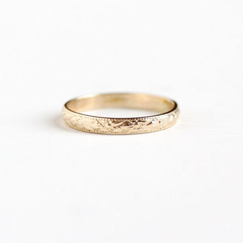 Vintage 10K Yellow Gold Orange Blossom Baby Ring - Art Deco 1920s 1930s Size 1 Tiny Midi Flower Eternity Fine Embossed Band Jewelry