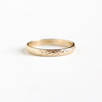 Best Vintage Yellow Gold Eternity Rings Products on Wanelo