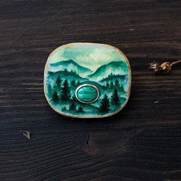 Green Malachite Mauntains brooch, wooden gemstone handpainted brooch, woodland boho jewelry, white and green malachite