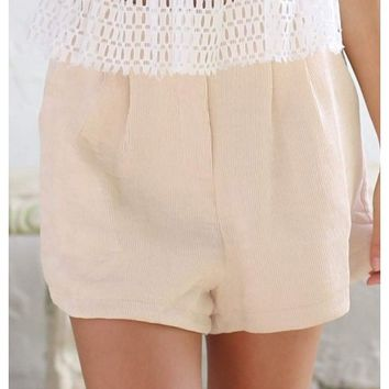 Peach beige woven shorts with pleats | Autumn | escloset.com