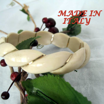 Vintage Lucite Gold Twist Made in Italy Bangle Bracelet