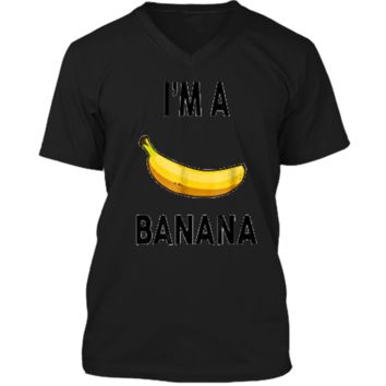 I'm a banana  - Halloween Banana Costume  Mens Printed V-Neck T