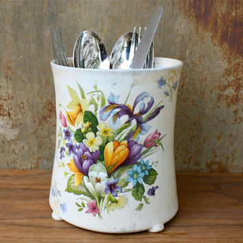 Large Ceramic Irises Cutlery holder, kitchenware, Iris flower, Floral, Gift, Pottery, Vintage style, spring time , beige glaze ,stoneware