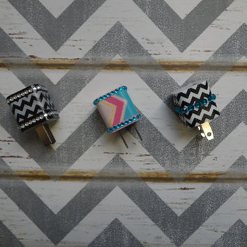 New Super Cute Jeweled Chevron Design Wall iphone 4/4S Charger + 10ft Flat Tangle Free Cable cord
