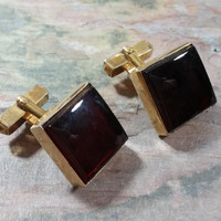 Vintage Cufflinks Swank Bloodstone Square Gold Tone Metal Deep Red Almost Black Look Red When Catching the Light at the Right Angle