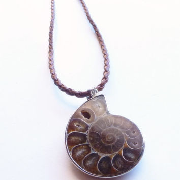 Fossilized Natural Ammonite Stone Necklace Chocolate Nautilus Pendant Unique Unisex Jewellery