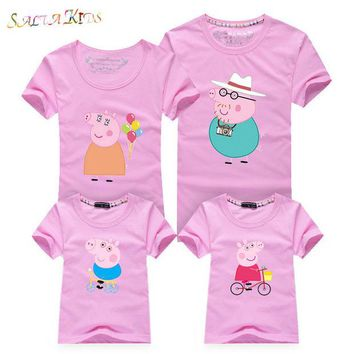 VONEGQ 1Pc 2017New Family Matching Outfits Summer T-shirt Clothes Family Look Cotton cartoon Family 16Colors Mother Father Kids Qz030