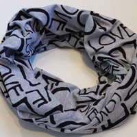 The Fashion LOVE Infinity Scarf Black Wording Knit Womens Infinity Scarves Girls Fall Circle Scarf Holiday Gift for Her Trending Scarf