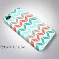 Retro Chevron iPhone 4/ 4s and 5 Case -Ocean Geometric Aztec- Cell Phone Cover - iPhone Hard Case - Tribal Aztec Navajo Mint Turquoise Girl