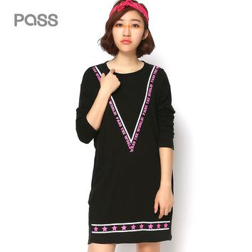New Arrival Autumn Women Loose O-Neck Fashion Star Letter Pattern Pocket Leisure Personality Female Dress