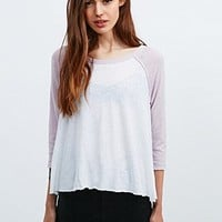BDG The Home Run Baseball Raglan Tee in White and Pink - Urban Outfitters