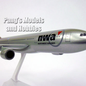 A330-300 Northwest Airlines 1/200 by Flight Miniatures