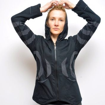 Psy Pixie jacket with Pointed Hood and Fleece lining (S,M sizes)