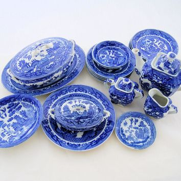 Vintage Blue Willow Toy Porcelain China Childs Play Set Tea Dinner Service Occupied Japan