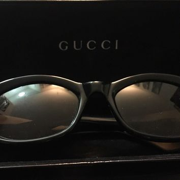 VINTAGE 90'S Gucci GG 2432/S Sunglasses MEN OR WOMEN BLACK COLOR with case