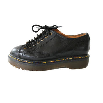 Dr. Martens Black Leather Oxfords Made in England Lace Up Ankle Boots Shoes Preppy Goth Hipster Doc Marten Womens Size US6.5 / UK4.5 / EUR37
