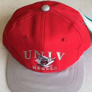 RETRO UNLV RUNNIN REBELS YOUTH RED FLAT BRIM SNAP BACK HAT SHIPPING