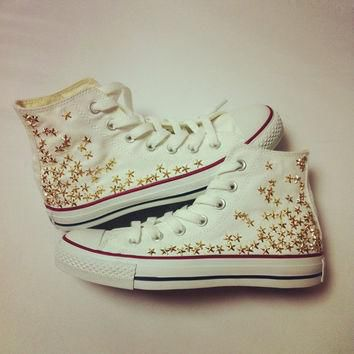 Studded Converse gold star studs by CUSTOMDUO on ETSY