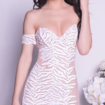 KUSHY LACE DRESS IN WHITE - 2 COLORS