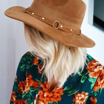Hide Away Hat: Camel