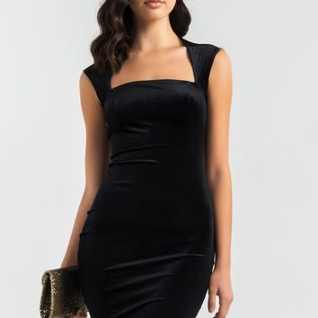 AKIRA Square Neck Velvet Bodycon Knee Length Dress in Hunter, Black