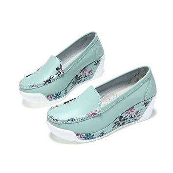 2017 Spring Women Wedges Shoes Platform Shoes Hand-Sewn Leather Suede Casual Shoes Slip On Flats gen