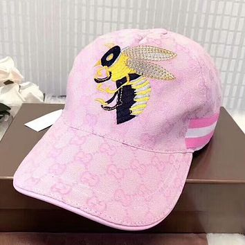 GUCCI New fashion embroidery bee couple stripe cap baseball hat Pink
