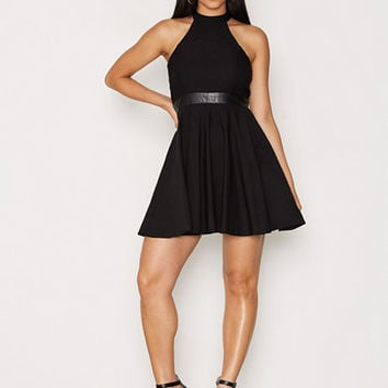 Flirty Keyhole Dress, NLY One