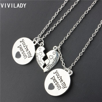 VIVILADY Trendy 2pcs Jewelry Sets you're my person Enamel Broken Hearts Mother Daughter Necklaces Family Members Accessory Gifts