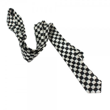 Fashion Tie in Black Checker