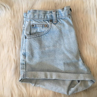 vintage HIGH WAISTED SHORTS // size 4 // light wash