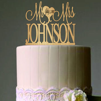 Mr and Mrs Wedding Cake Topper - Rustic Personalized Wedding Cake Topper - Custom Monogram Wedding Cake Topper - Wood Last name Cake Topper