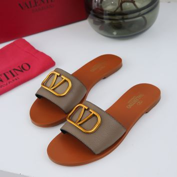 VALENTINO Popular Summer Women Flats Men Slipper VALENTINO Sandals Shoes