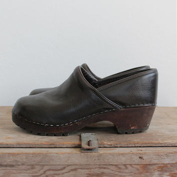 Vintage 90s Leather & Wood Full Clogs | Women's Mules 9