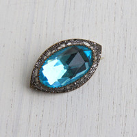 Antique Art Deco Blue Stone Filigree Brooch - Oval Faceted Silver Tone Costume Jewelry Pin / Light Topaz Glass Facets