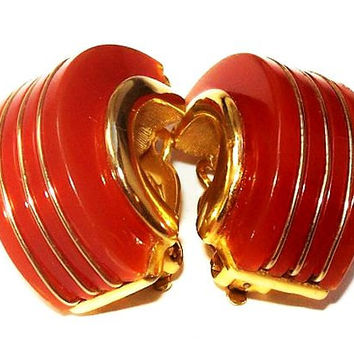 """Crown Trifari Red Gold Earrings Curved Huggie Gold Striped Clip On's Thermoset Plastic 1 1/4"""" Vintage 1960s"""