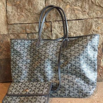 DCCKRQ5 St Louis Goyard Grey GM Chevron Tote Bag