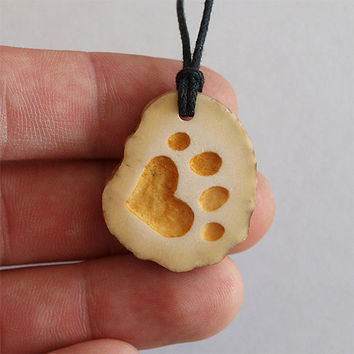 Hand carved - Heart paw necklace pendant charm print handcrafted out of deer antler
