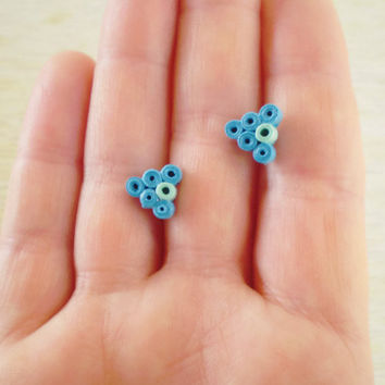 Blue Mint Green Paper Stud Earrings Minimal Paper Jewelry Triangular Studs Eco-Friendly / Σκουλαρίκια από χαρτί